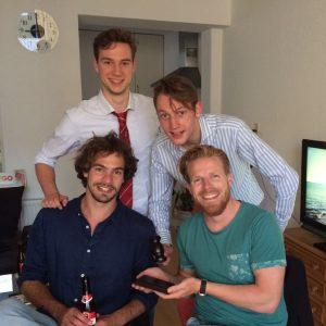 Bestuur Jelles (2015-heden). Staand v.l.n.r.: Thed Brouwer (secretaris), Wietse Jelles (voorzitter). Zittend v.l.n.r.: John Koesveld (penningmeester), Nils de Groot (PR/activiteiten).